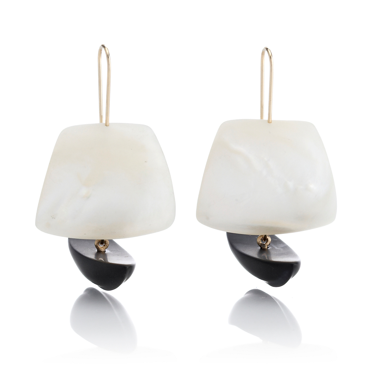 Gabriella Kiss Mother Of Pearl And Black Jade Ghost Ship Earrings