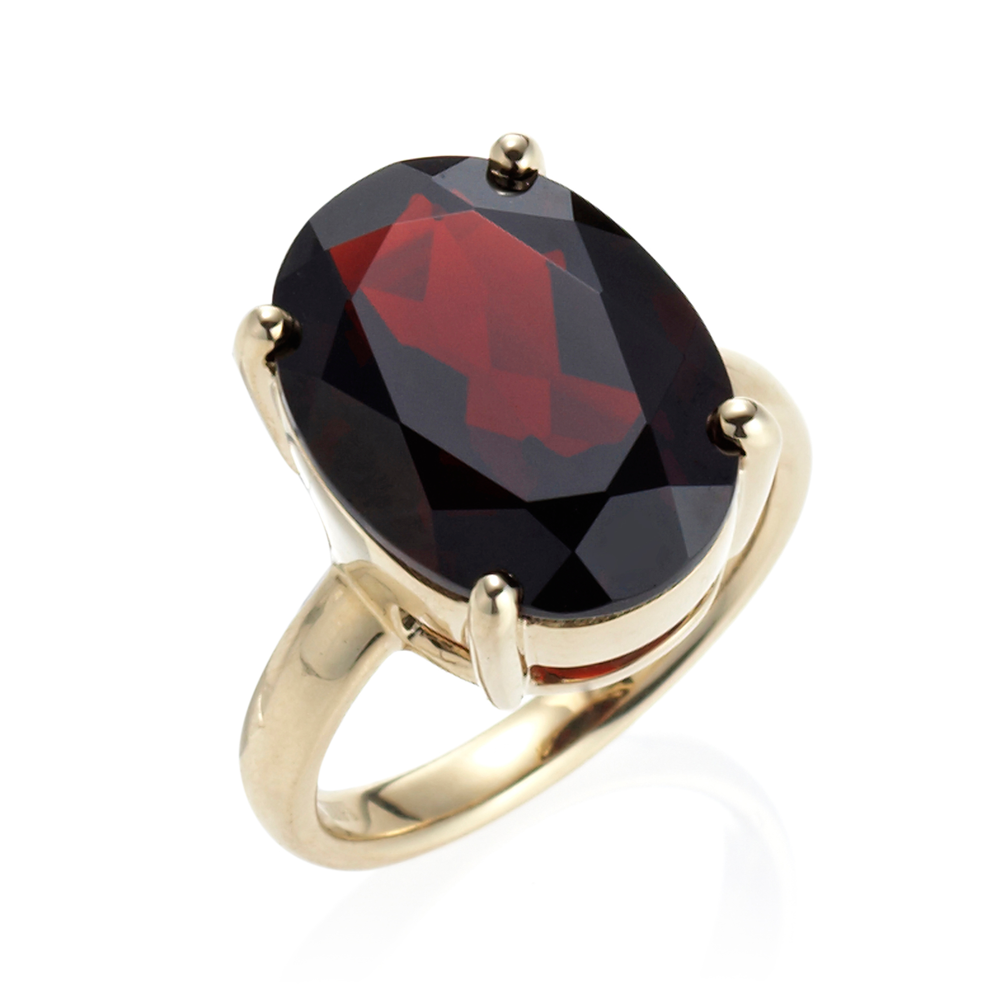 Gump's Large Faceted Garnet Oval Gold Ring