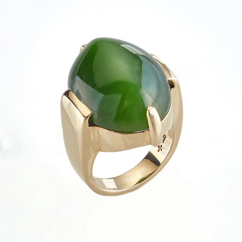 Gump's Green Nephrite Jade Cat's Eye Cabochon Ring