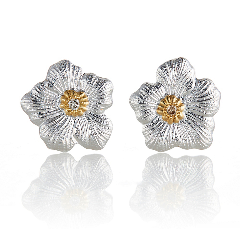 Buccellati Small Gardenia Blossom With Diamonds Earrings