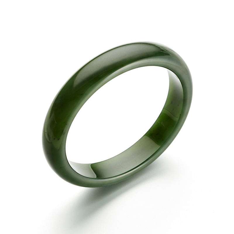 Medium Green Nephrite Bangle
