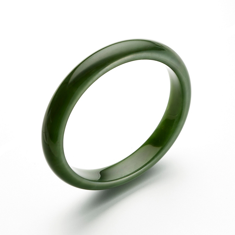 Green Nephrite Bangle