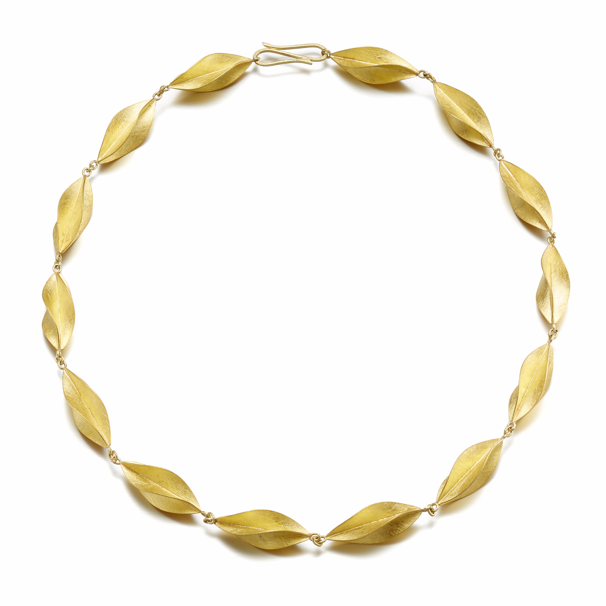 Petra Class Gold Twist Necklace