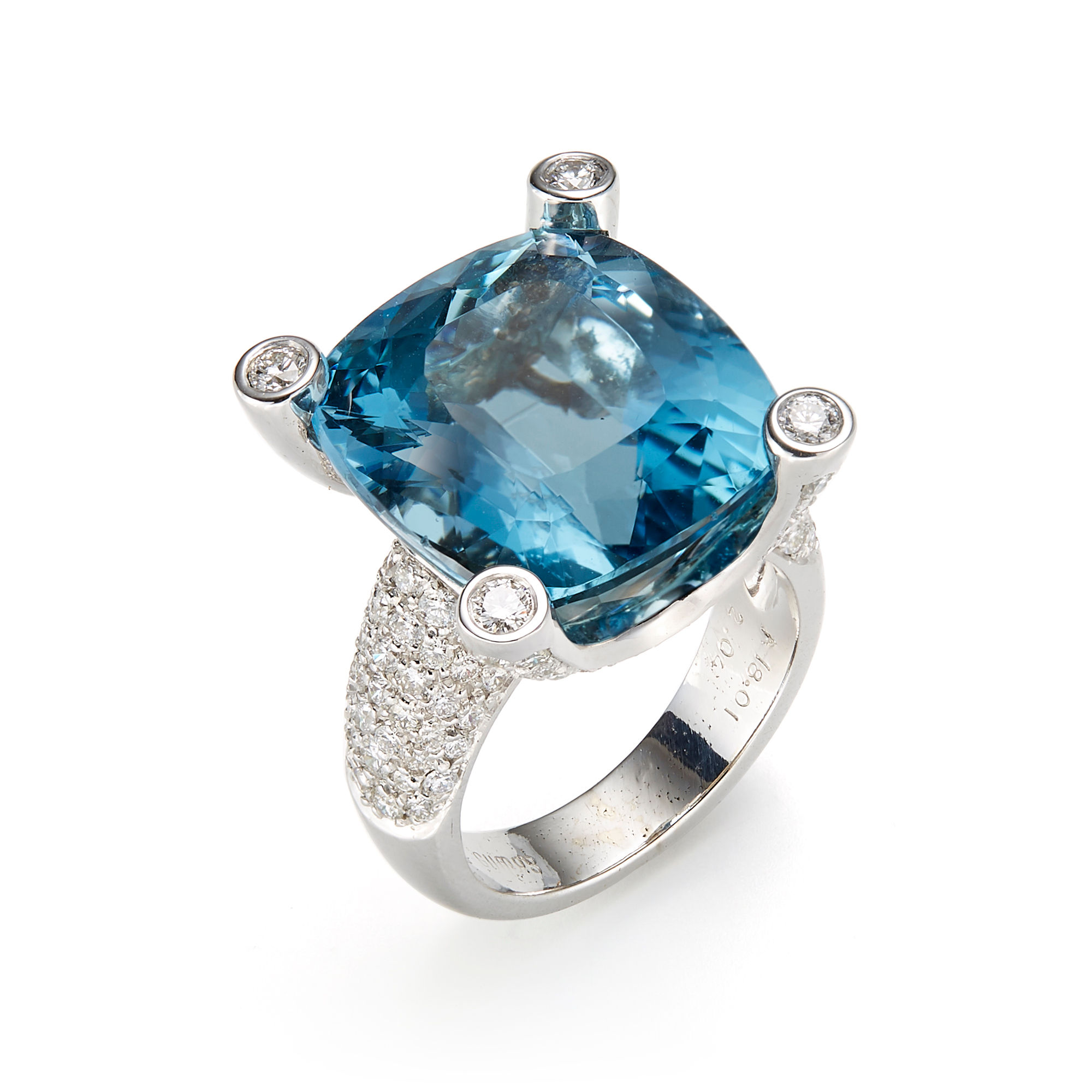 Gump's Faceted Aquamarine & Pavé Diamond Ring
