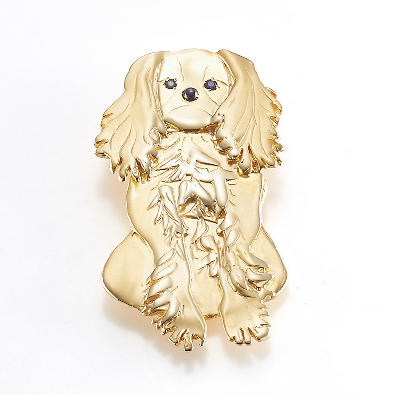 Mia Fonssagrives-Solow Gold Sitting King Charles Spaniel Brooch